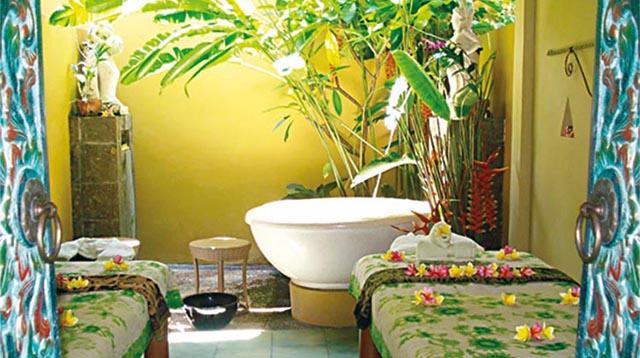 正宗道地的巴厘式水疗、风景宜人的户外环境以及舒适惬意的空调护理室